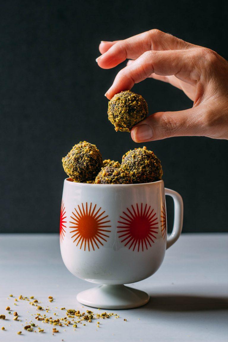 Cocoa Pistachio Bites