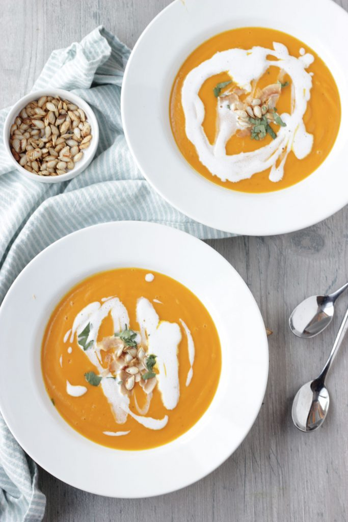 2 bowls butternut soup and pot